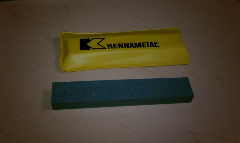 KENNAMETAL SILICONE CARBIDE HONING STONE 320 GRIT